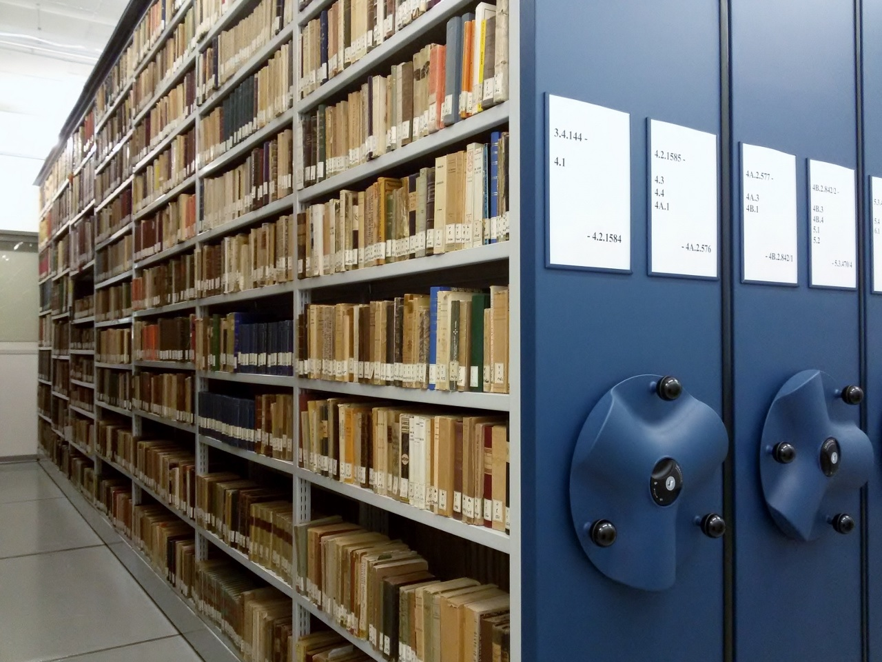 Scaffalature Metalliche Dwg.Associazione Dei Bibliotecari Ecclesiastici Italiani